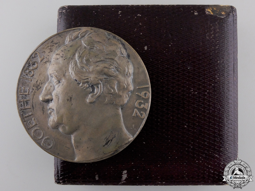 eMedals-A 1832-1932 Goethe Centenary Medal with Case