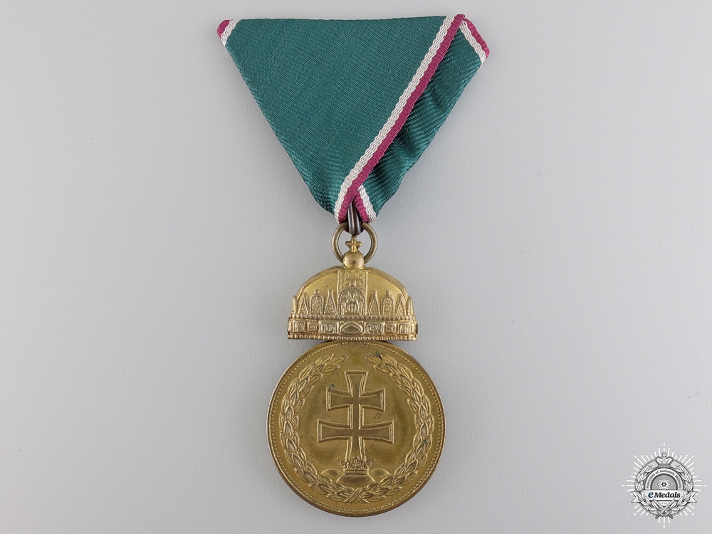 eMedals-A 1922 Hungarian Officer's Merit Medal