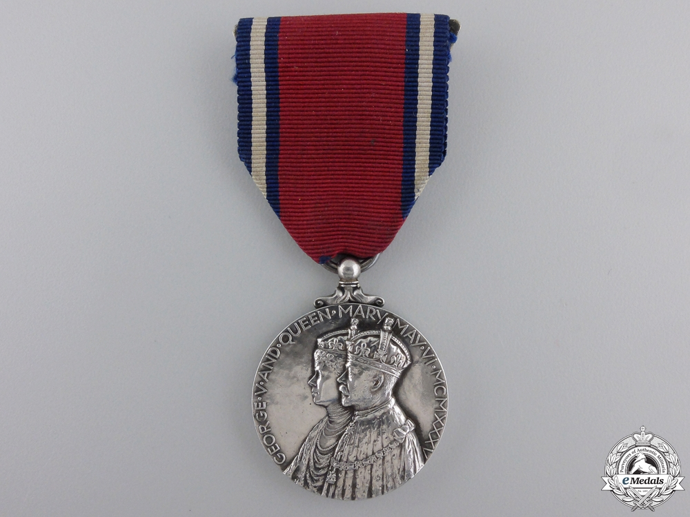 eMedals-A 1935 George V Jubilee Medal with Broach
