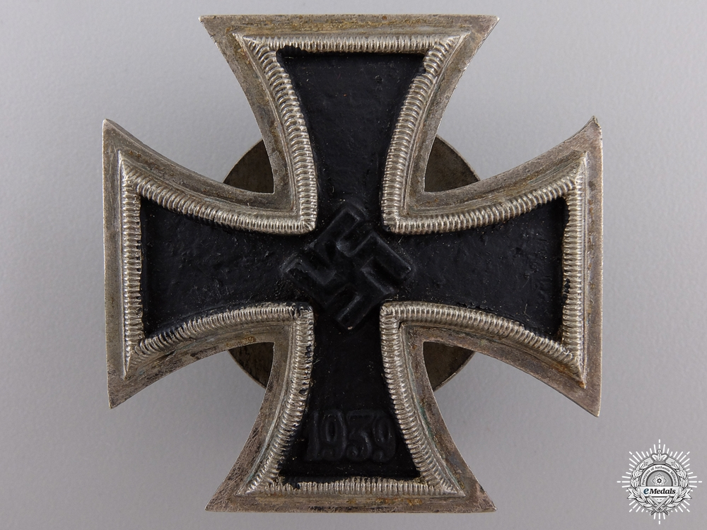 eMedals-A 1939 Iron Cross 1st Class; Screwback by Schauerte & Höhfeld