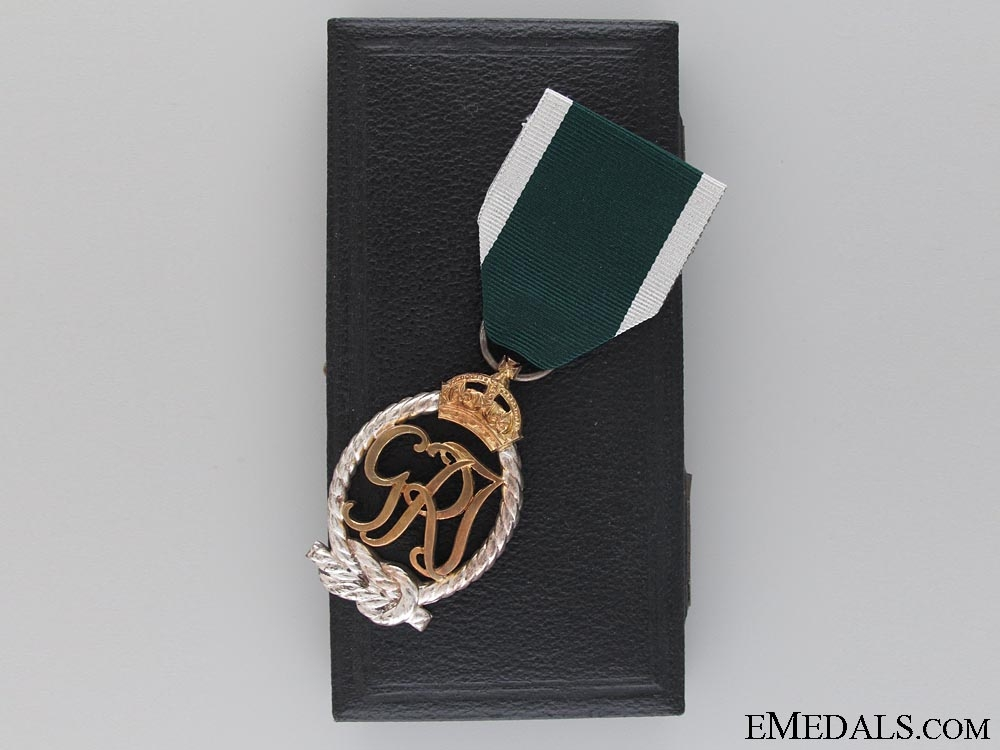 eMedals-A 1943 Royal Naval Reserve Decoration