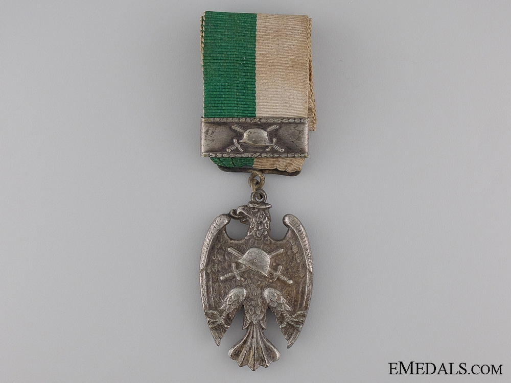 """eMedals-A 'Starhemberg Vogel' Heimwehr Medal With """"July"""" Clasp"""