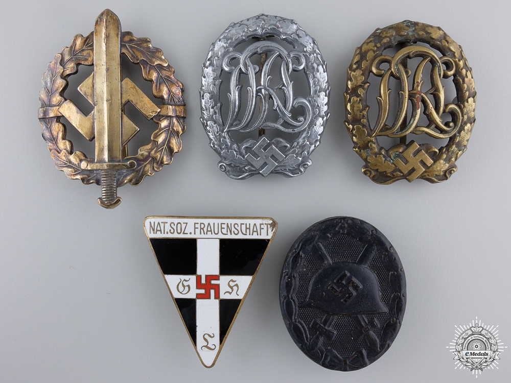 eMedals-A  Lot of Five Third Reich Awards and Badges