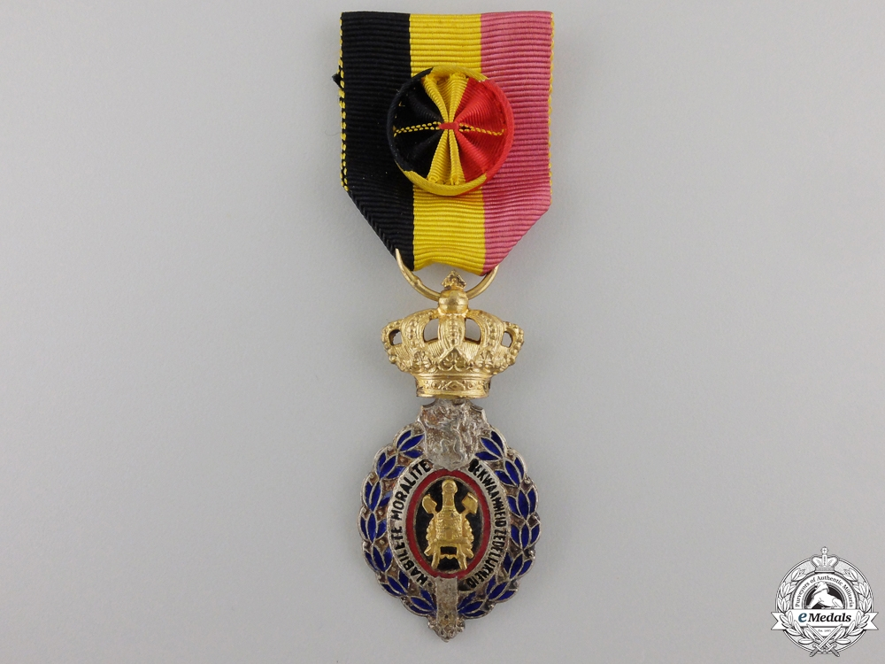 eMedals-A Belgium Decoration for Workers and Artisans; First Class