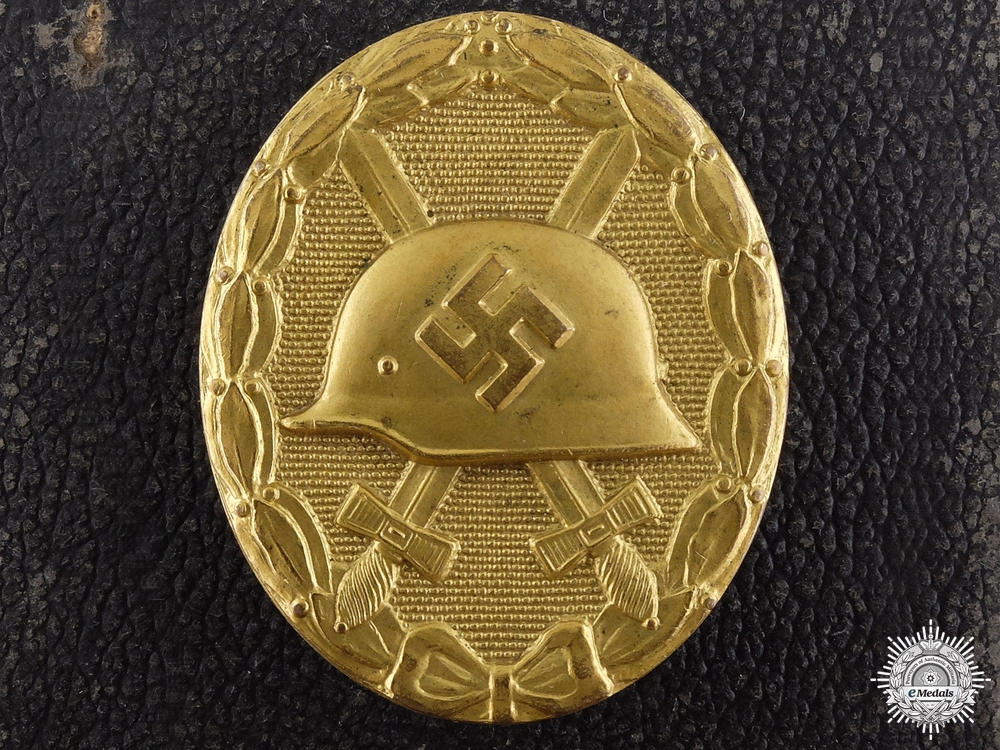 eMedals-A Cased Gold Grade Wound Badge by B.H. Mayer