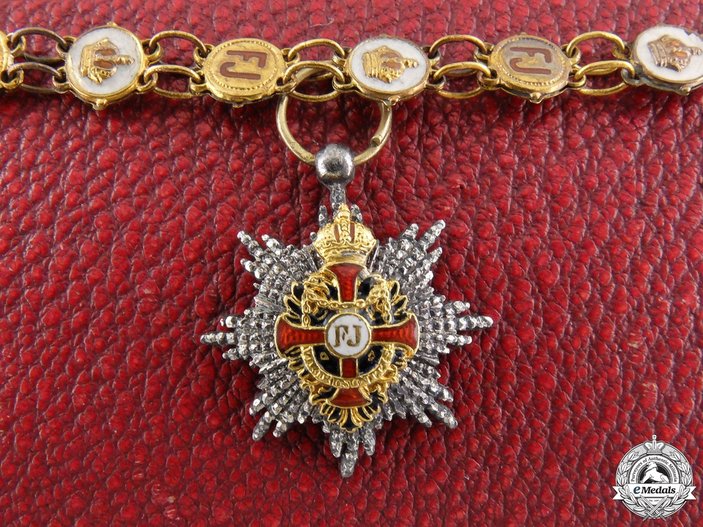 eMedals-A Cased Miniature Austrian Order of Franz Joseph by Mayer, Wien