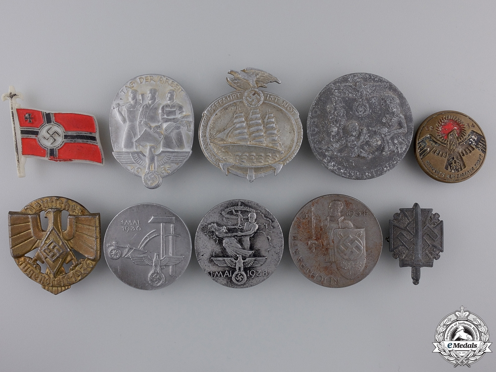 eMedals-A Collection of 10 Third Reich Tinnies