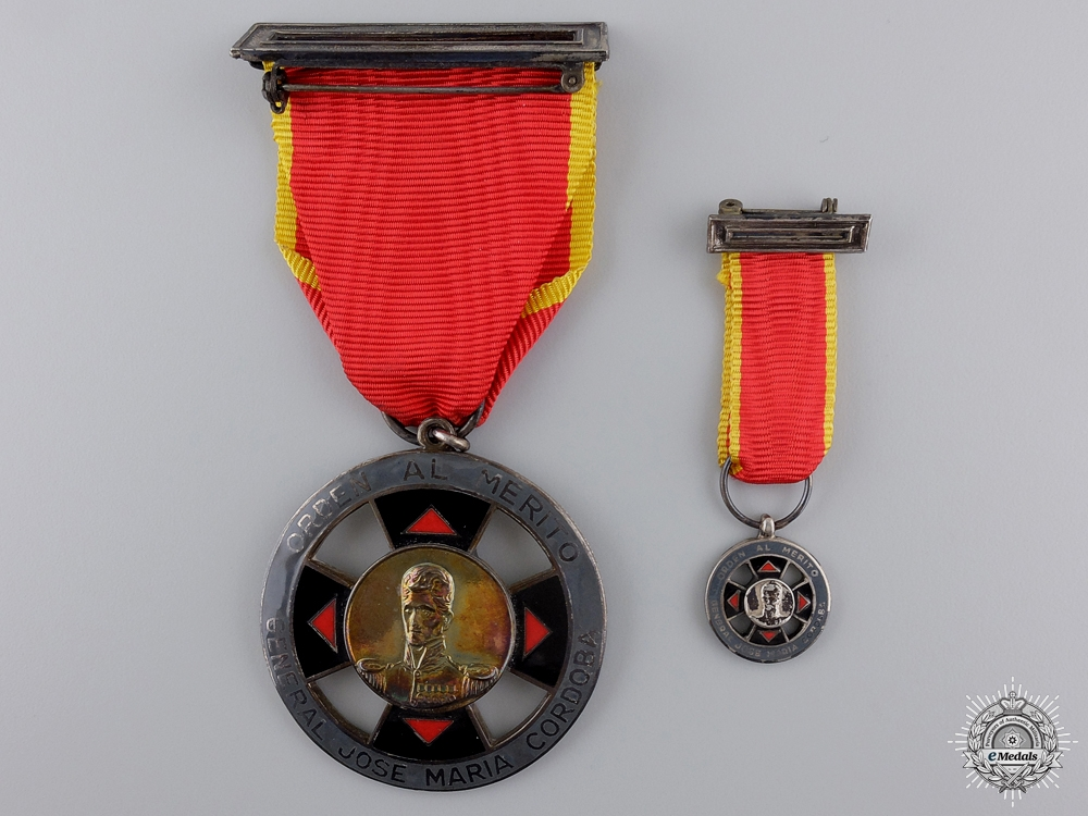 eMedals-A Colombian Order of Merit with Miniature