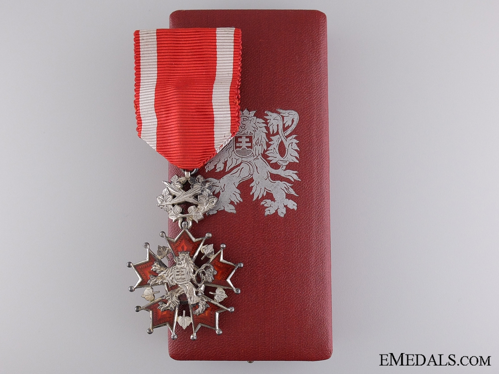 eMedals-A Czech Order of the White Lion with Case of Issue
