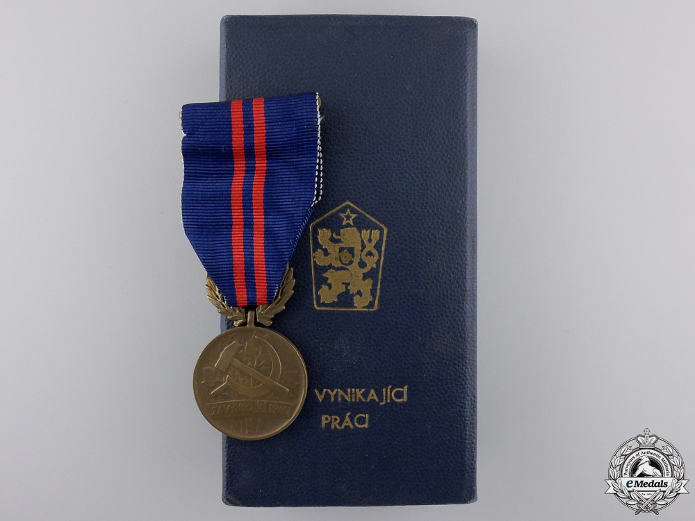 eMedals-A Czechoslovakian Decoration for Outstanding Labour with Case