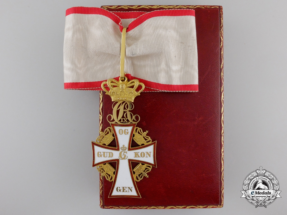 eMedals-A Danish Order of Dannebrog; 2nd Class Commander in Gold with Case