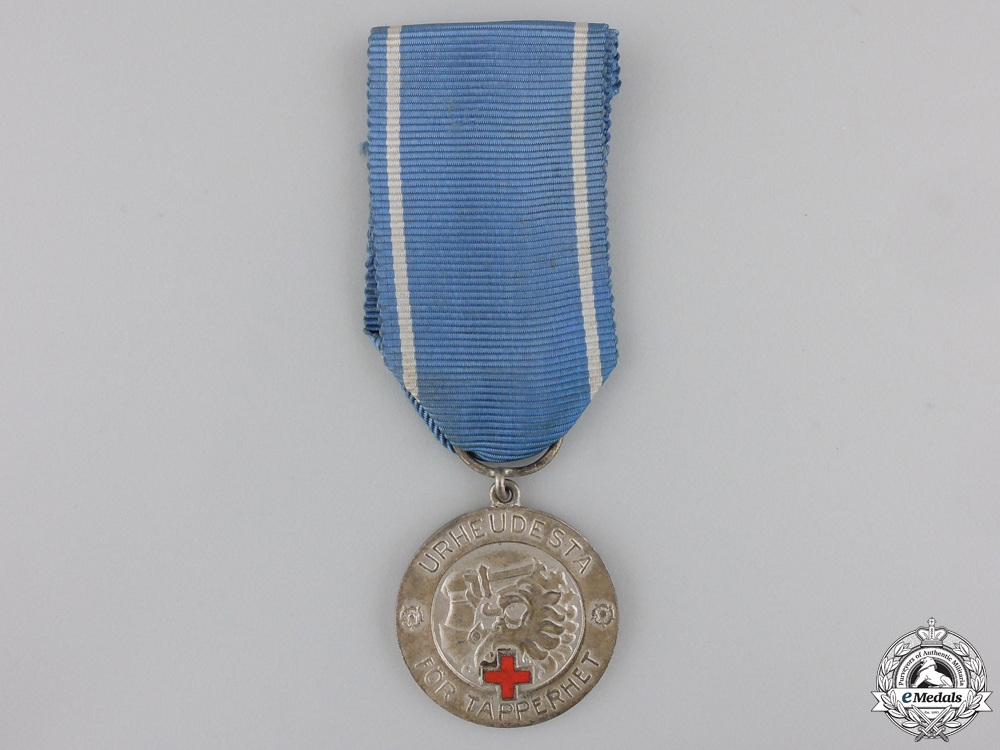 eMedals-A Finnish Medal of Liberty with Red Cross; 1st Class