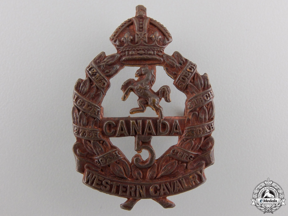 """eMedals-A First War 5th Infantry Battalion """"Western Canadian Cavalry"""" Cap Badge"""