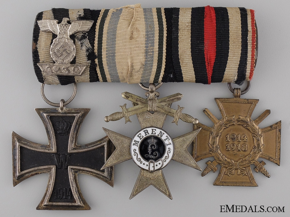 eMedals-A First War Imperial German Group with 2nd Class Spange