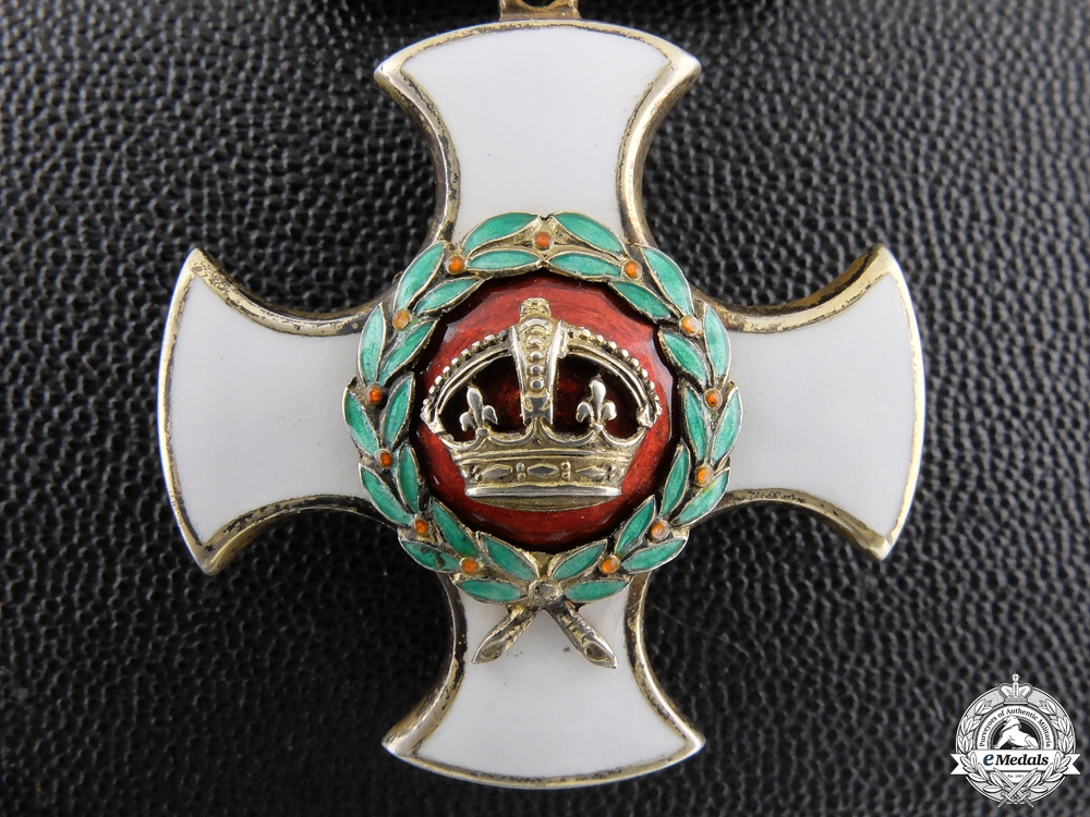 eMedals-A George V.R.Distinguished Service Order with Case