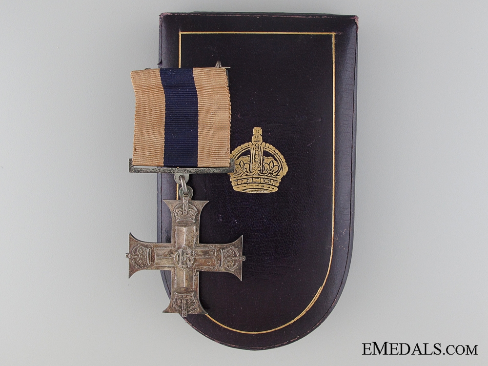 eMedals-A George V Military Cross in Case