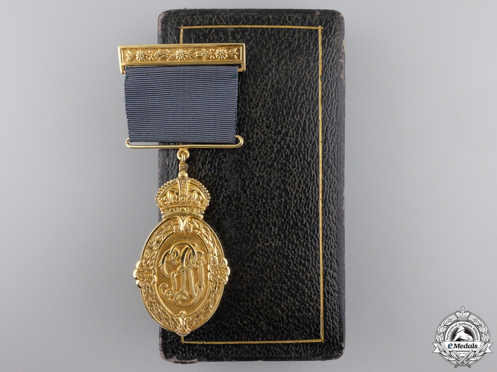 eMedals-A George VI Kaisar-I-Hind Medal with Case