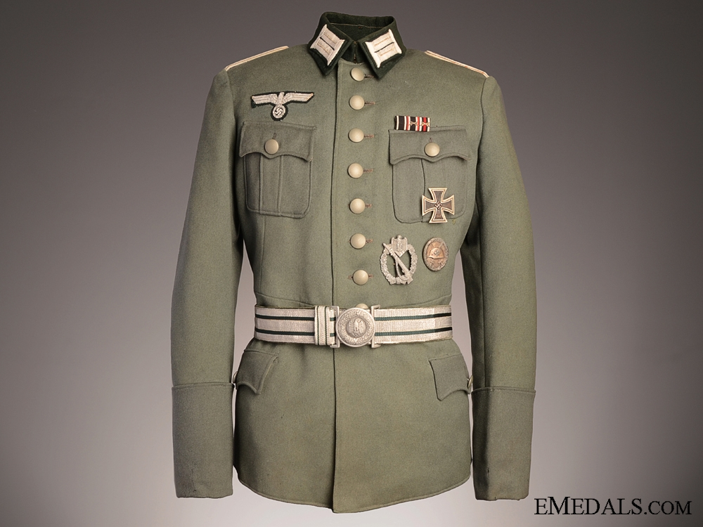 eMedals-A German Army Officer's Tunic with Belt & Awards
