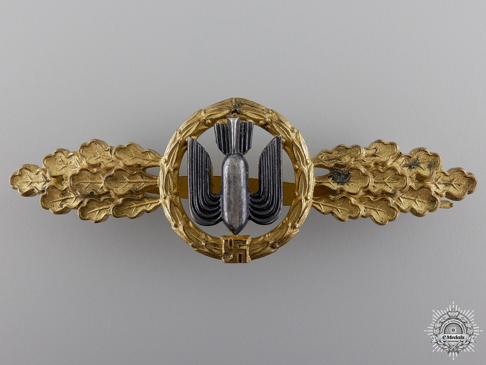eMedals-A Gold Grade Clasp for Bomber Pilots by  G.H. Osang of Dresden