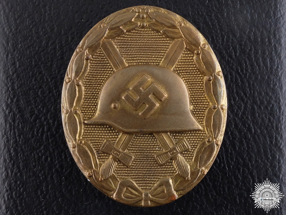 eMedals-A Gold Grade Wound Badge by Hauptmnzamt; In Case of Issue