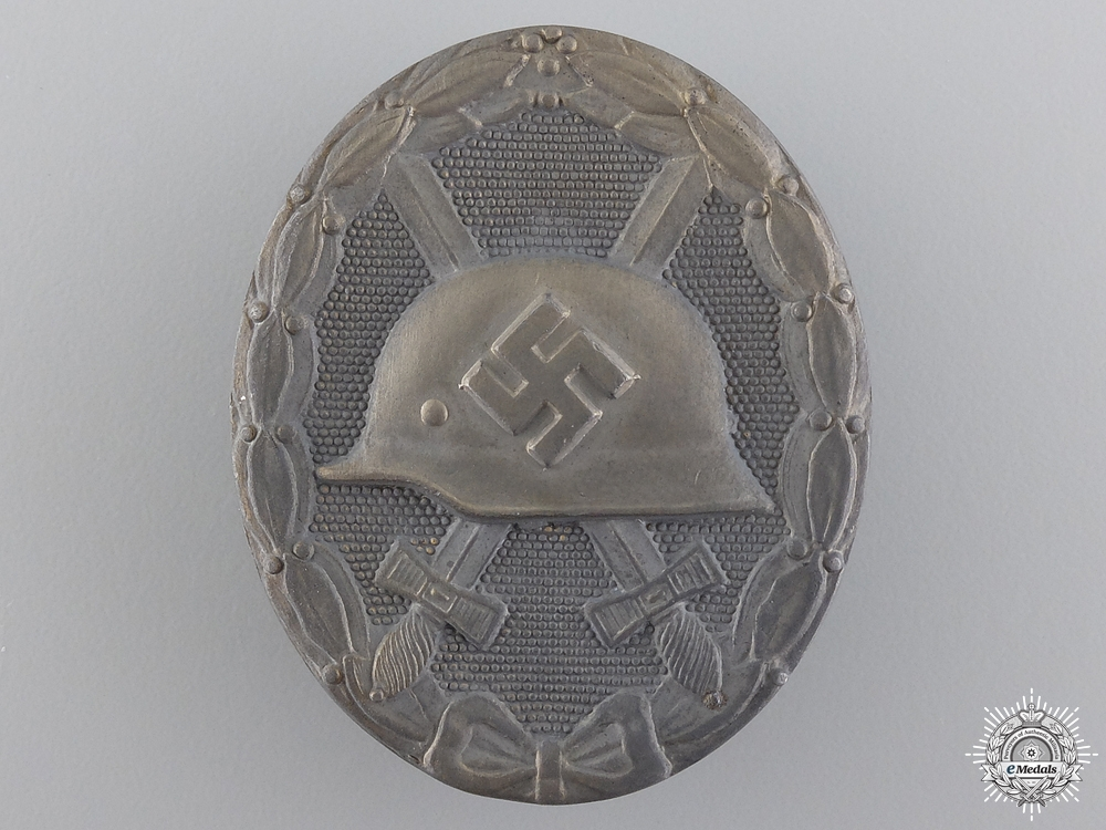 eMedals-A Gold Grade Wound Badge; Marked 30