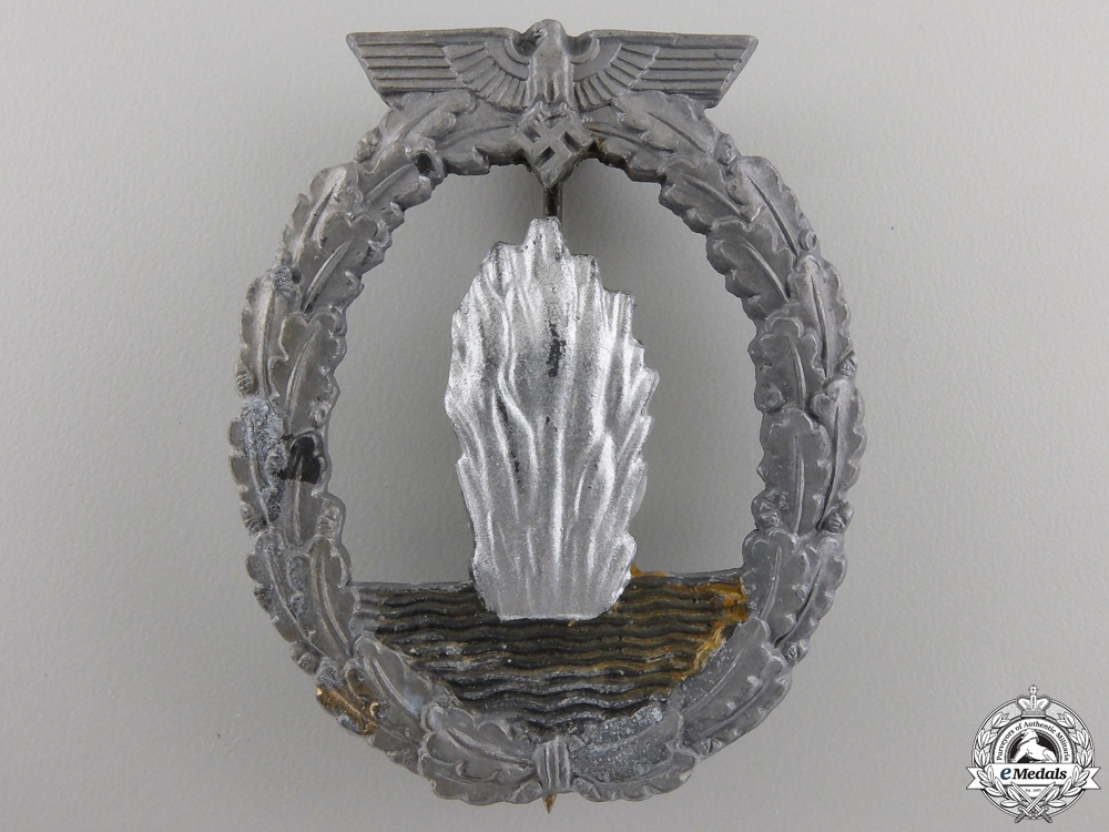 eMedals-A Kriegsmarine Minesweeper Badge by Rudolf Souval