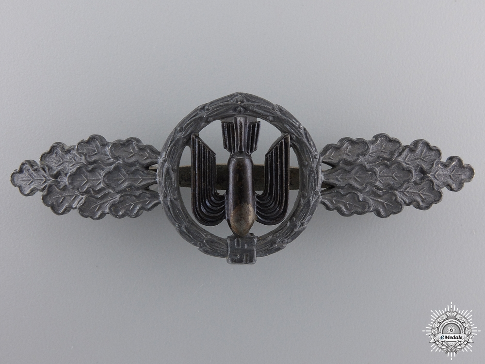 eMedals-A Luftwaffe Squadron Clasp for Bomber Pilots by Funcke & Brüninghaus