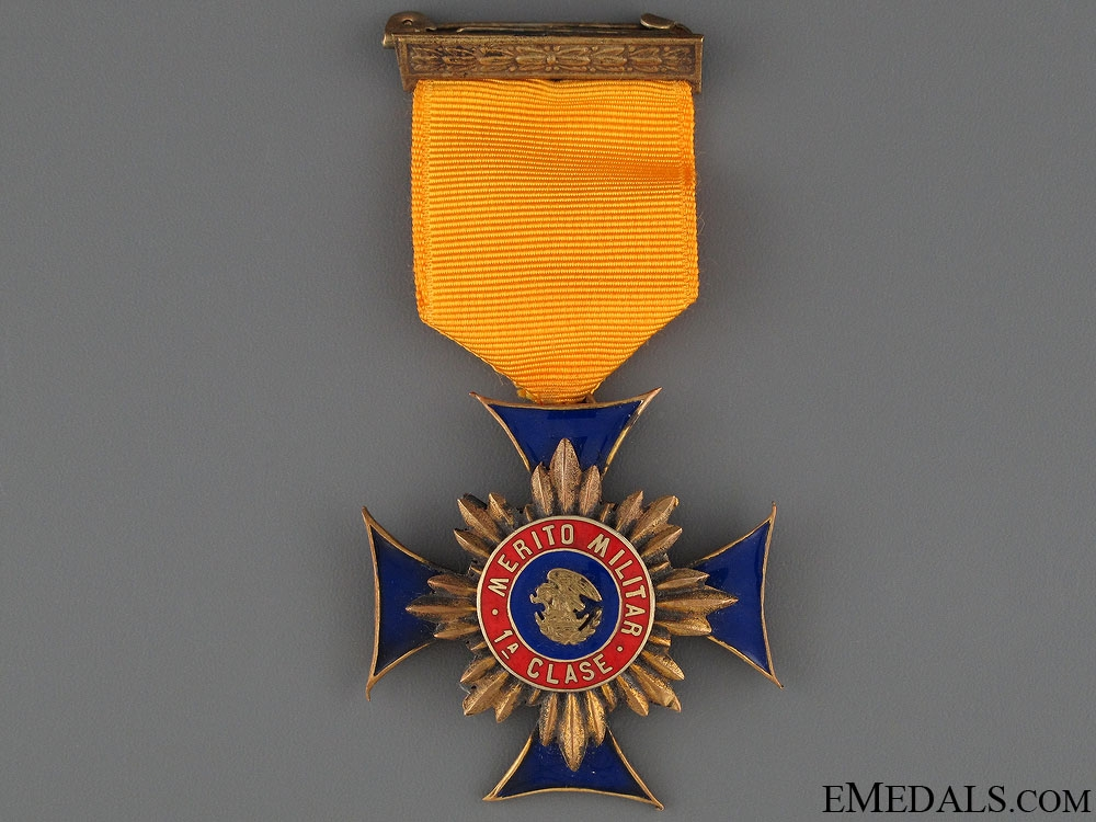 eMedals-A Mexican Military Merit Medal - 1st Class