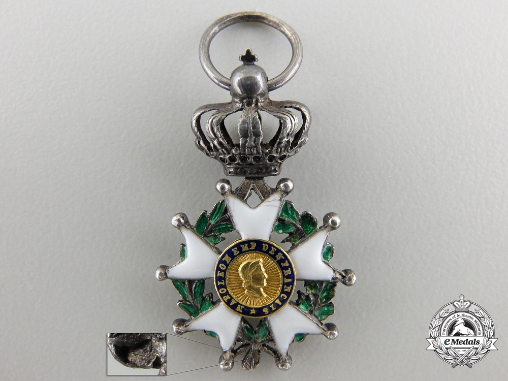 eMedals-A Miniature French Legion D'Honneur (1852-1870)