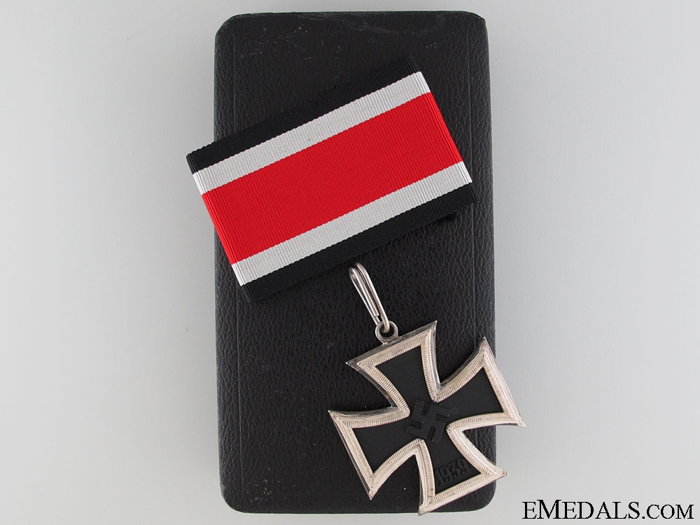 eMedals-A Mint Knight's Cross of the Iron Cross by S & L