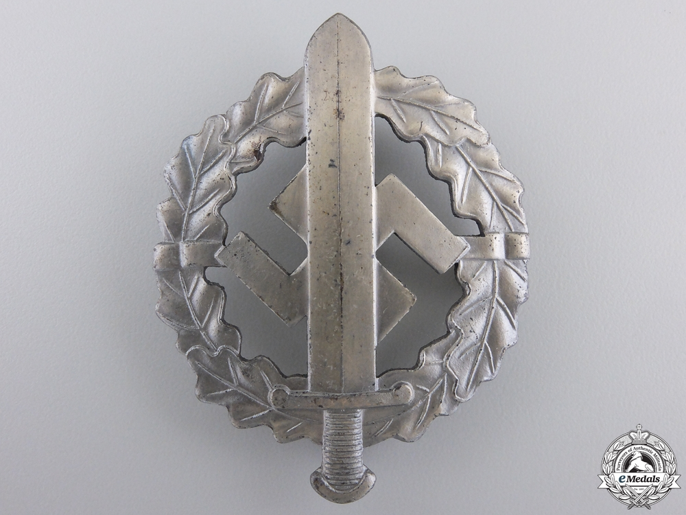 eMedals-A Mint Silver Grade SA Sports Badge by W.Redo