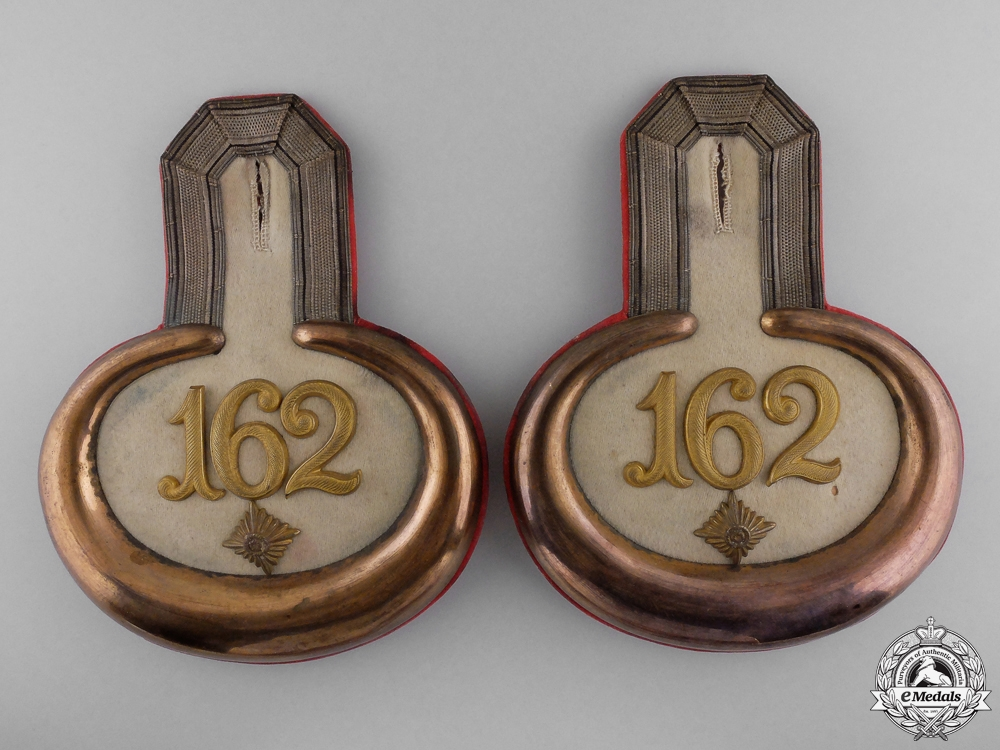 eMedals-A Pair of 162nd (3rd Hanseatic) (Lübeck) Infantry Epaulettes 1915