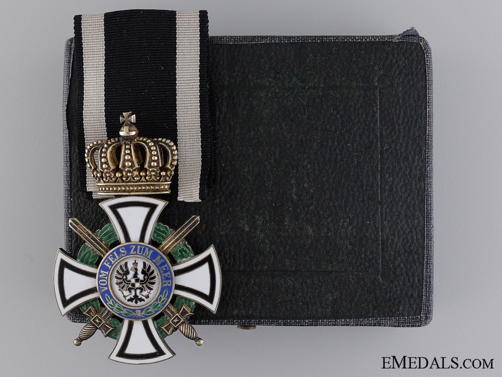 eMedals-A Prussian House Order of Hohenzollern; Knight with Swords