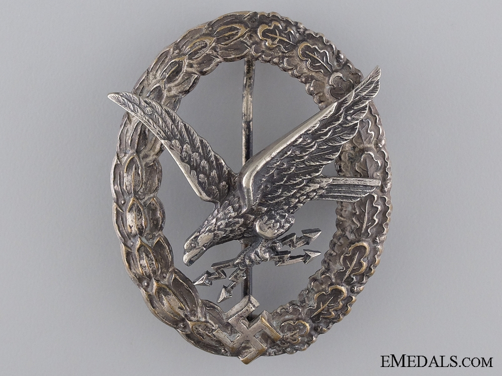 eMedals-A Radio Operator & Air Gunner Badge with Lightening Bolts
