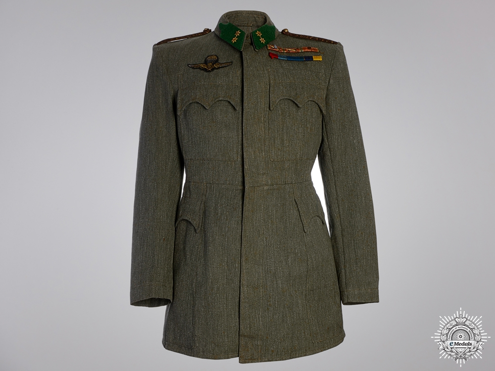 eMedals-A Rare Second War Hungarian Paratroopers Tunic