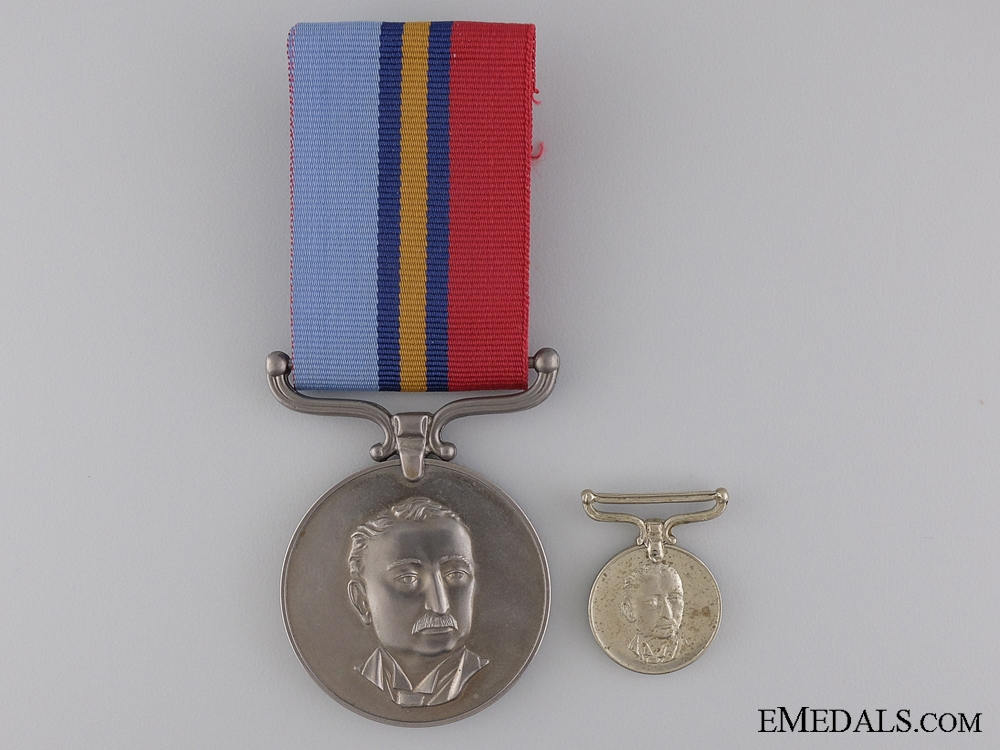 eMedals-A Rhodesian General Service Medal to Rifleman Sutherland