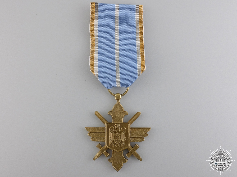 eMedals-A Romanian Air Force Merit Cross with Swords