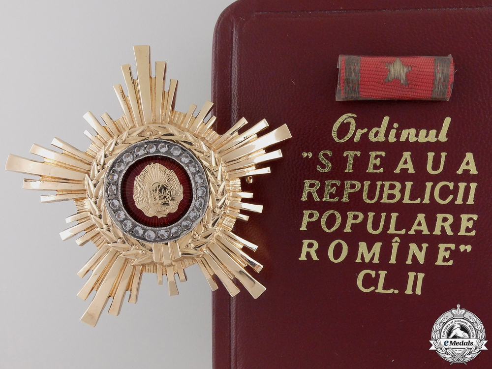 eMedals-A Romanian RPR Order of the Star; 2nd Class Breast Star in Gold  Consign #41