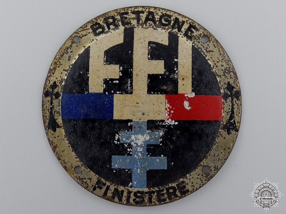 eMedals-A Scarce Second War FFI Free French Resistance Brittany Badge