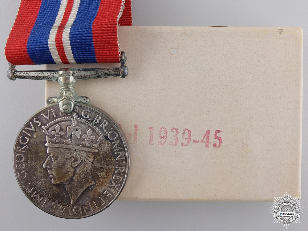 eMedals-A Second War 1939-1945 War Medal with Box; Canadian Issue