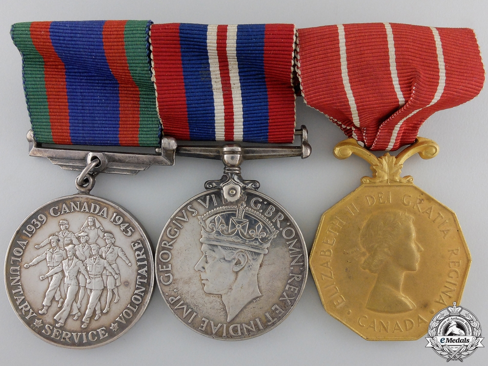 eMedals-A Second War & Forces Decoration Group to the RCAF
