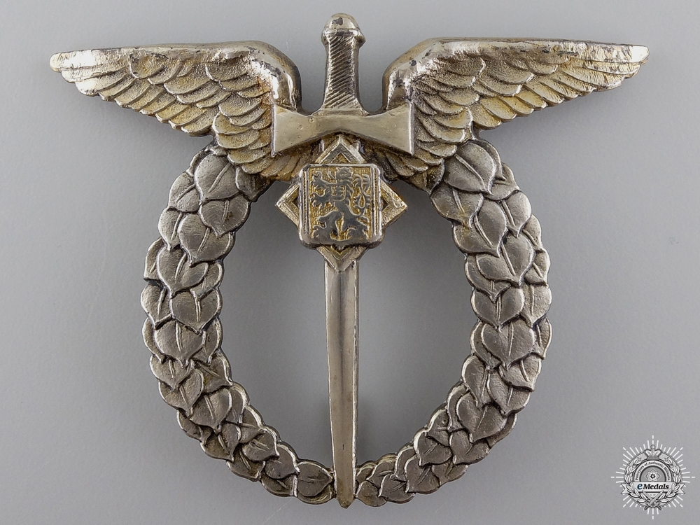 eMedals-A Second War Czech Pilot's Badge in Silver