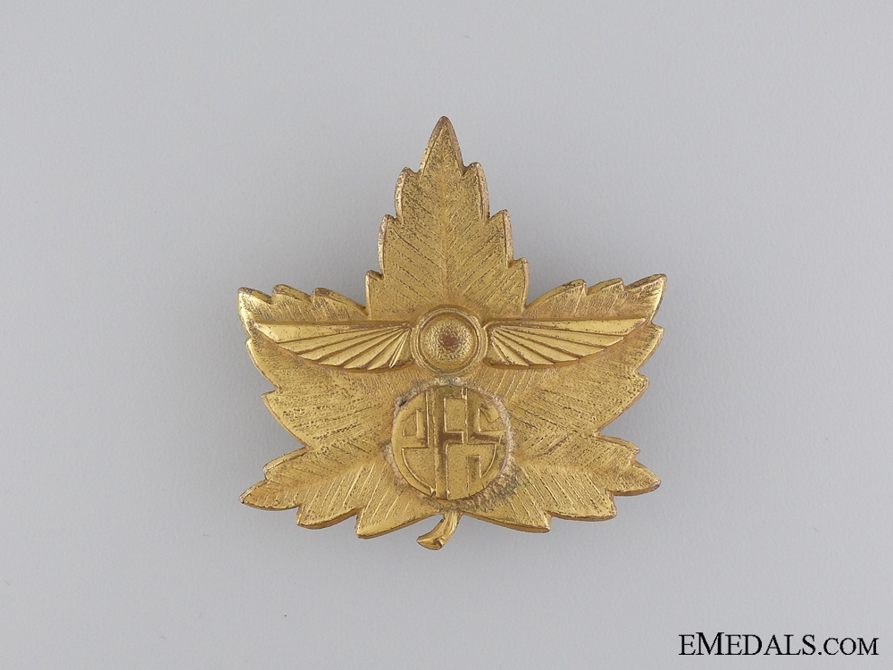 eMedals-A Second War Elementary Flying School Cap Badge