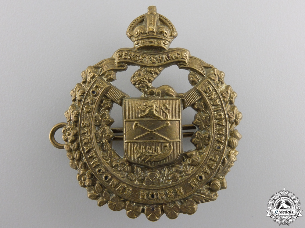 eMedals-A Second War Lord Strathcona's Horse Cap Badge