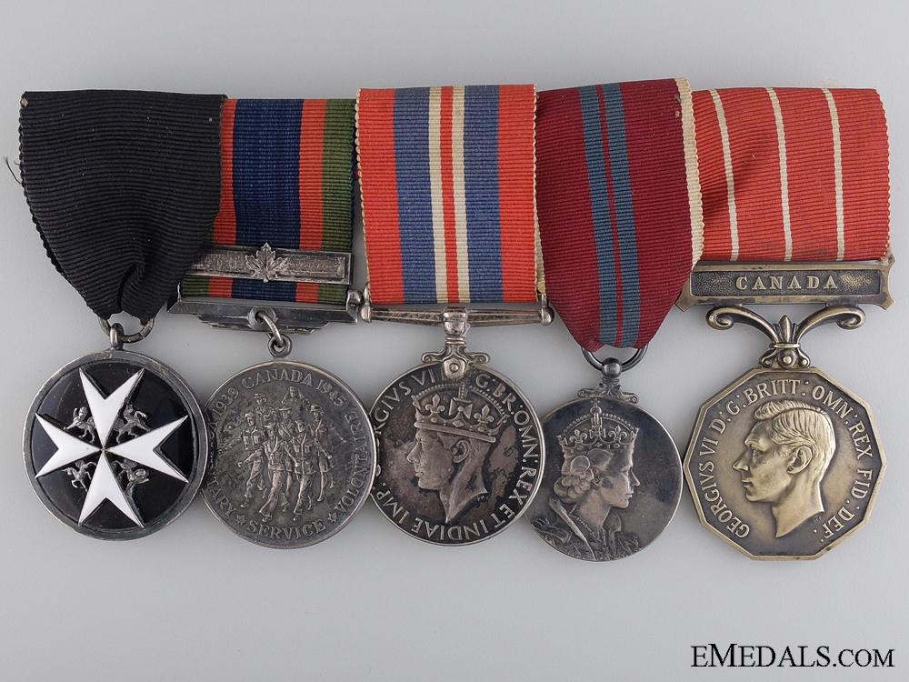 eMedals-A Second War Royal Canadian Air Force Group to Captain Brown