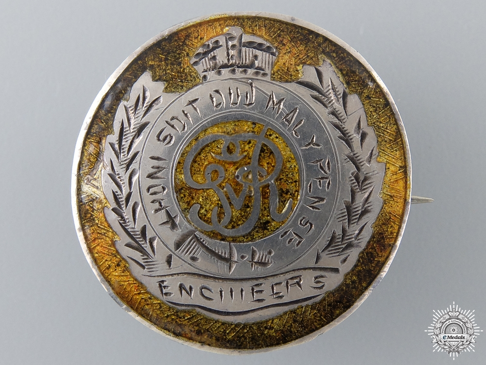 eMedals-A Second War Royal Engineers Sweetheart Pin