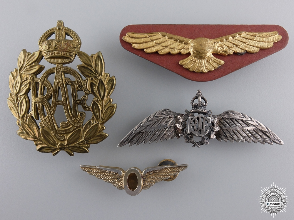 eMedals-A Set of Four Royal Canadian Air Force Badges