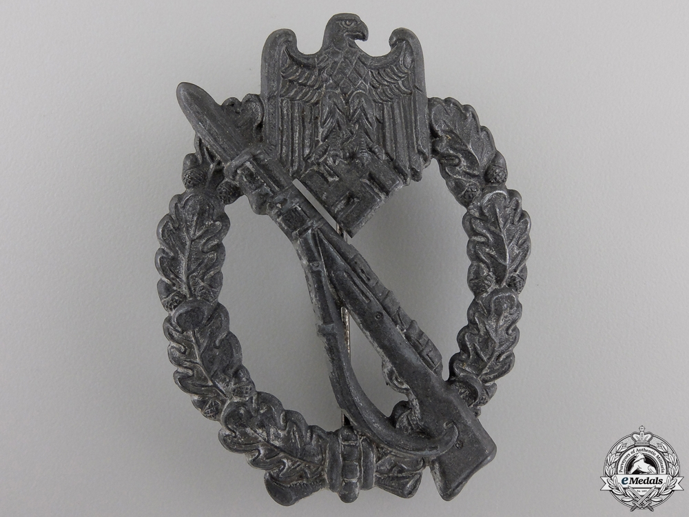 eMedals-A Silver Grade Infantry Badge