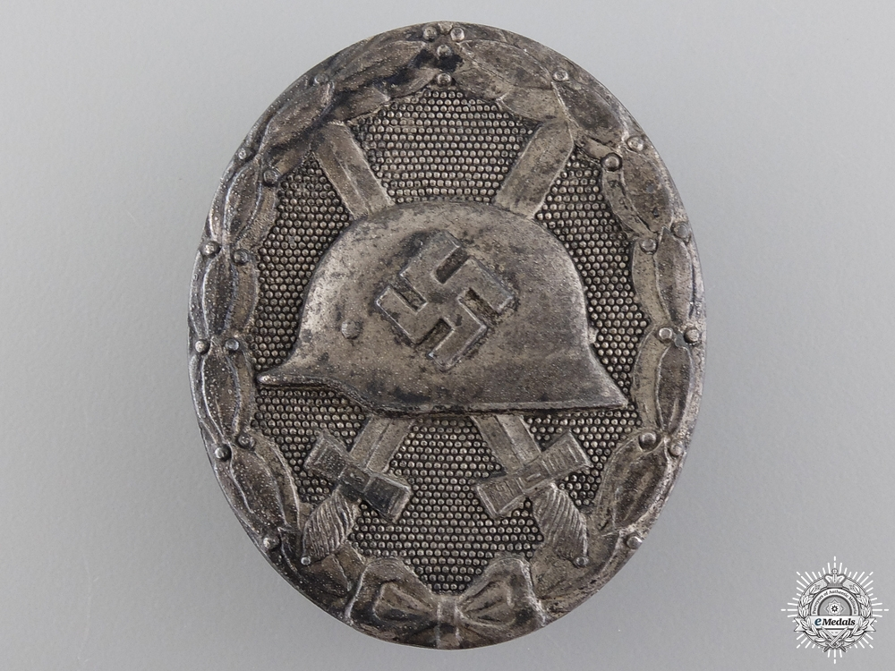 eMedals-A Silver Grade Wound Badge; Marked 30