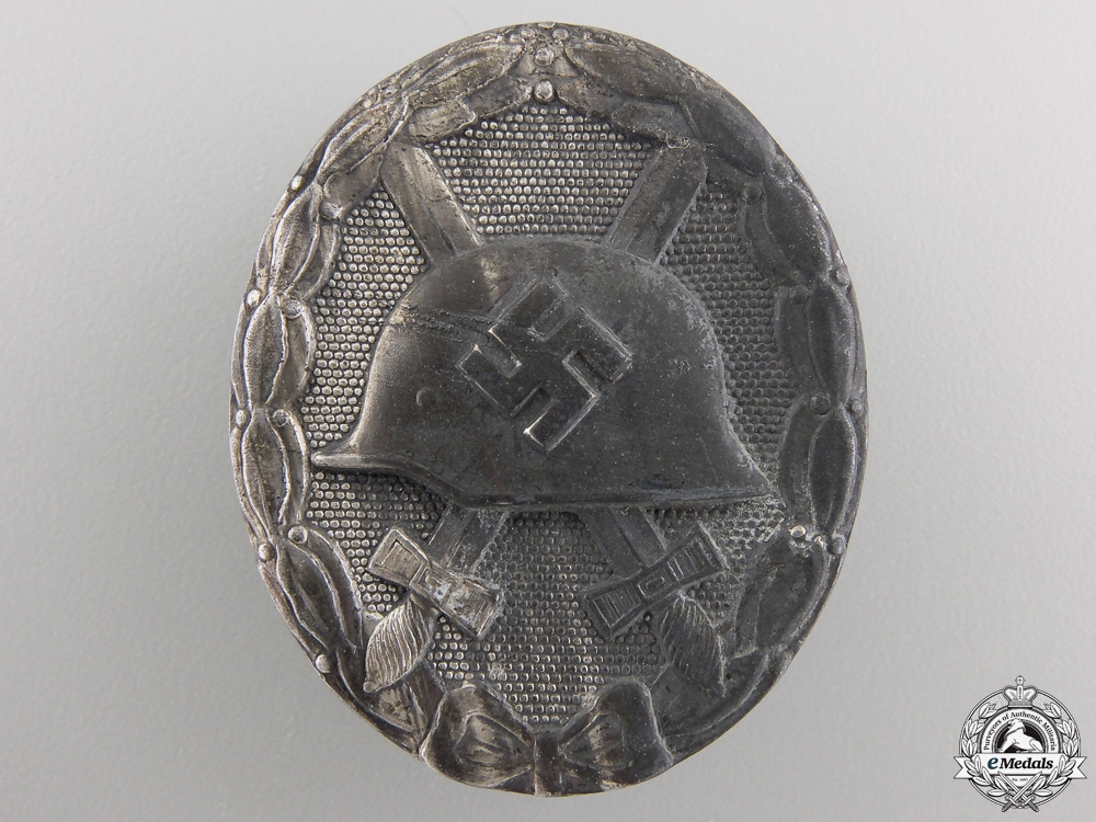 eMedals-A Silver Grade Wound Badge by B H Mayer